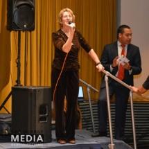 New Hope Dance Director Speaks at El poder de Ser Mujer Gala