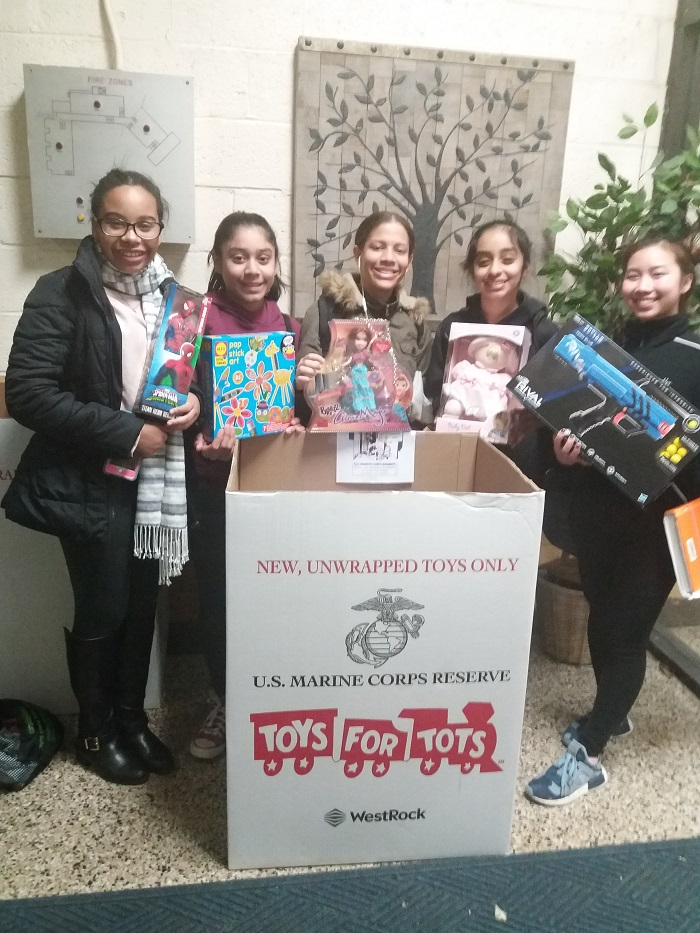 Toys For Tots 2017 Registration : New hope dance company volunteers for toys tots